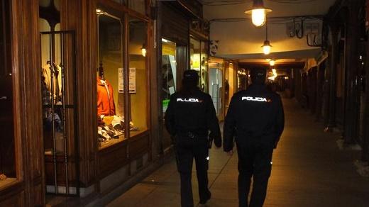 """Policía Nacional pone en marcha el dispositivo """"Comercio Seguro"""" de cara a Navidad"""
